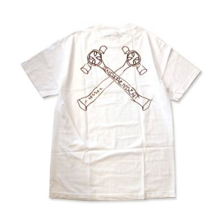 <img class='new_mark_img1' src='//img.shop-pro.jp/img/new/icons5.gif' style='border:none;display:inline;margin:0px;padding:0px;width:auto;' />INDEPENDENT × JASON JESSEE Tシャツ JESSEE MENS REGULER S/S TEE WHITE