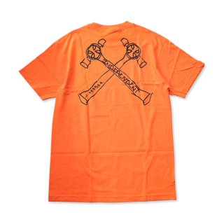<img class='new_mark_img1' src='//img.shop-pro.jp/img/new/icons5.gif' style='border:none;display:inline;margin:0px;padding:0px;width:auto;' />INDEPENDENT × JASON JESSEE Tシャツ JESSEE MENS REGULER S/S TEE ORANGE