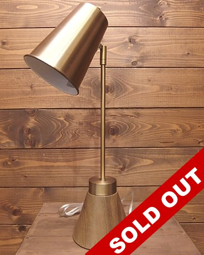 【DESK LAMP】