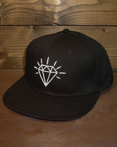 【FLAT VISOR FLEX CAP】