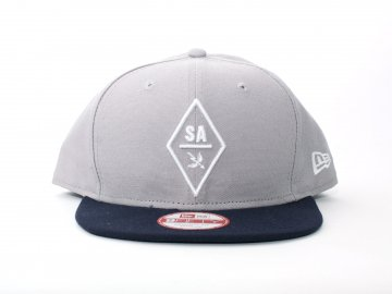 SAINT ARCHER BREWING CO. [ DIAMOND Snapback NE Cap ]
