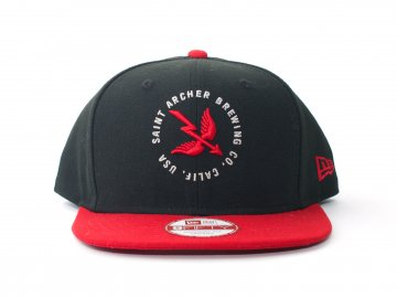 SAINT ARCHER BREWING CO. [ WING&ARROW Snapback NE Cap ] BLACK x RED