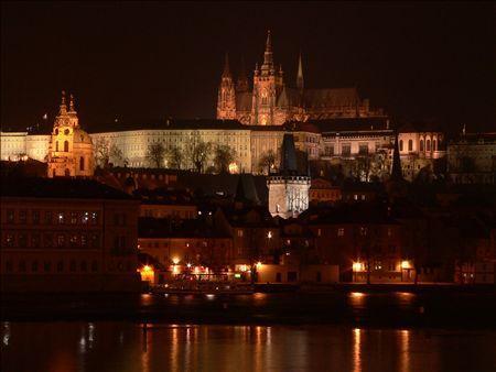 《アートフォト》世界遺産 プラハ城の夜景(レンタル対象)