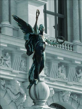 《アートフォト》世界遺産 ウィーン マリア・テレジア広場の天使(レンタル対象)