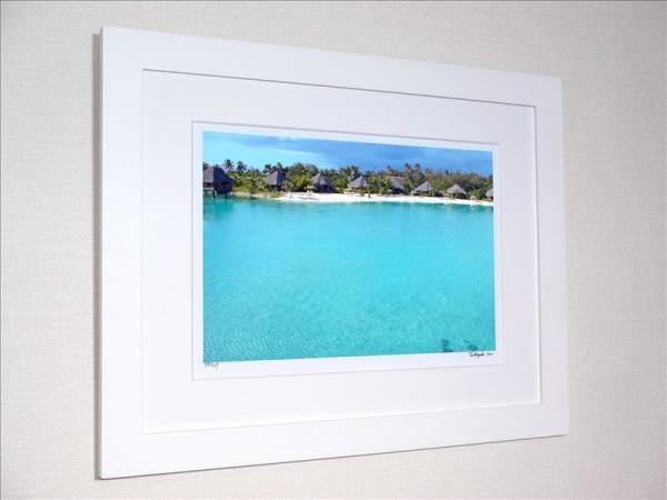 《アートフォト》ル・メリディアン ボラボラ コテージとエメラルドグリーンの海(レンタル対象)