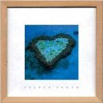 《アートフレーム》フレンチフォトグラフィー オーストラリアの小島、ハートリーフ(ゆうパケット)