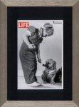 《アートフレーム》LIFE ライフ ガール プレイング ウィズ ドッグ(犬と遊ぶ女の子)(ゆうパケット)