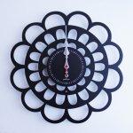 《時計》BOTAN CLOCK 黒色/絵画・壁掛けアートは、リビングや玄関におすすめのインテリア。かわいい壁飾りはお部屋を癒やしてくれそう。プレゼントにも。