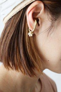 Stone Oval Ear Cuff(Vlas Blomme)