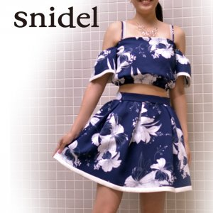 SNIDEL スナイデル プリントトップス SWFB162114 【16SS2】【SALE】【50%OFF】<img class='new_mark_img2' src='//img.shop-pro.jp/img/new/icons20.gif' style='border:none;display:inline;margin:0px;padding:0px;width:auto;' />