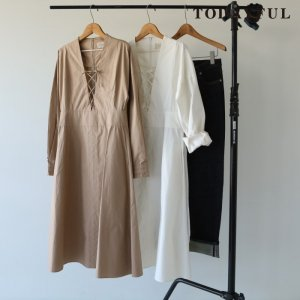 TODAYFUL トゥデイフル Cotton Lace-up  Dress 11720319 【17AW2】【先行予約】【クレジット限定 納期12月〜1月頃予定】 <img class='new_mark_img2' src='https://img.shop-pro.jp/img/new/icons15.gif' style='border:none;display:inline;margin:0px;padding:0px;width:auto;' />