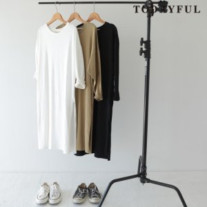 TODAYFUL トゥデイフル Cotton Slit OP 11720322 【17AW2】【先行予約】【クレジット限定 納期10月〜11月頃予定】 <img class='new_mark_img2' src='https://img.shop-pro.jp/img/new/icons15.gif' style='border:none;display:inline;margin:0px;padding:0px;width:auto;' />