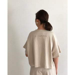 TODAYFUL トゥデイフル 'I DON'T MIND' T-shirts 11910637 【19SS2】【新作】 <img class='new_mark_img2' src='https://img.shop-pro.jp/img/new/icons11.gif' style='border:none;display:inline;margin:0px;padding:0px;width:auto;' />