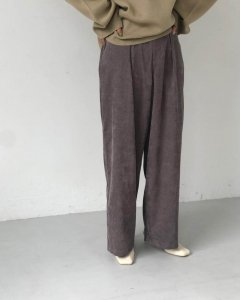 TODAYFUL トゥデイフル Corduroy Tuck Pants 11920719 【19AW2】【SALE】【30%OFF】 <img class='new_mark_img2' src='https://img.shop-pro.jp/img/new/icons20.gif' style='border:none;display:inline;margin:0px;padding:0px;width:auto;' />