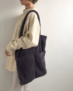 TODAYFUL トゥデイフル Corduroy Tote Bag 11921062 【19AW2】【先行予約】【クレジット限定 納期10月〜11月頃予定】 <img class='new_mark_img2' src='https://img.shop-pro.jp/img/new/icons15.gif' style='border:none;display:inline;margin:0px;padding:0px;width:auto;' />