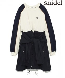 SNIDEL スナイデル スウェットドッキングワンピース SWFO184139 【18AW1】【新作】 <img class='new_mark_img2' src='https://img.shop-pro.jp/img/new/icons11.gif' style='border:none;display:inline;margin:0px;padding:0px;width:auto;' />