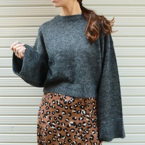 TODAYFUL トゥデイフル Back Cachecoeur Knit 11820539 【18AW2】【先行予約】【クレジット限定 納期10月〜11月頃予定】 <img class='new_mark_img2' src='https://img.shop-pro.jp/img/new/icons15.gif' style='border:none;display:inline;margin:0px;padding:0px;width:auto;' />