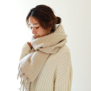 TODAYFUL トゥデイフル Volum Knit Muffler 11821081 【18AW2】【先行予約】【クレジット限定 納期11月〜12月頃予定】 <img class='new_mark_img2' src='https://img.shop-pro.jp/img/new/icons15.gif' style='border:none;display:inline;margin:0px;padding:0px;width:auto;' />
