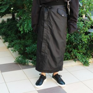 TODAYFUL トゥデイフル Nylon Wrap SK 11820802 【18AW1】【人気商品】<img class='new_mark_img2' src='https://img.shop-pro.jp/img/new/icons31.gif' style='border:none;display:inline;margin:0px;padding:0px;width:auto;' />