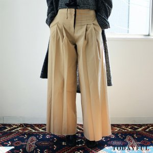 TODAYFUL トゥデイフル Pleats Chino PT 11720714 【17AW1】【先行予約】【クレジット限定 納期7月頃】 <img class='new_mark_img2' src='//img.shop-pro.jp/img/new/icons15.gif' style='border:none;display:inline;margin:0px;padding:0px;width:auto;' />