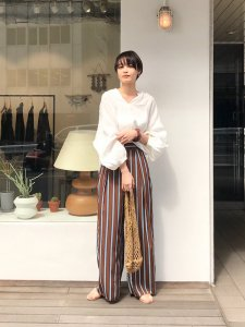 TODAYFUL トゥデイフル Linen Dolman Blouse 11910412 【19SS1】【先行予約】【クレジット限定 納期3月〜4月頃予定】 <img class='new_mark_img2' src='https://img.shop-pro.jp/img/new/icons15.gif' style='border:none;display:inline;margin:0px;padding:0px;width:auto;' />