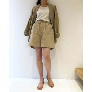 TODAYFUL トゥデイフル Corduroy Half Pants 11910705 【19SS1】【新作】 <img class='new_mark_img2' src='https://img.shop-pro.jp/img/new/icons11.gif' style='border:none;display:inline;margin:0px;padding:0px;width:auto;' />