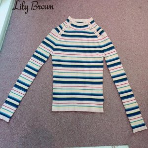 LILY BROWN リリーブラウン マルチボーダーニットトップス LWNT174097 【17AW1】【新作】<img class='new_mark_img2' src='https://img.shop-pro.jp/img/new/icons11.gif' style='border:none;display:inline;margin:0px;padding:0px;width:auto;' />