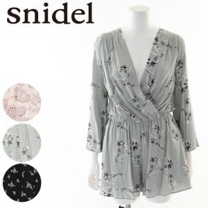 SNIDEL スナイデル プリントショートロンパース SWFO171042 【17SS1】【新作】 <img class='new_mark_img2' src='//img.shop-pro.jp/img/new/icons11.gif' style='border:none;display:inline;margin:0px;padding:0px;width:auto;' />