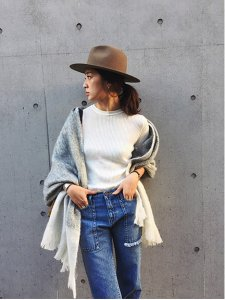 TODAYFUL トゥデイフル Bi-Color Fringe Stole ストール 11521004 【15AW1】【SALE】【30%OFF】<img class='new_mark_img2' src='https://img.shop-pro.jp/img/new/icons20.gif' style='border:none;display:inline;margin:0px;padding:0px;width:auto;' />