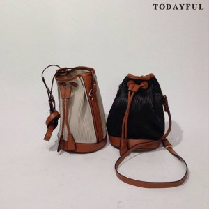 【SOLDOUT】TODAYFUL トゥデイフル Bi-color Shoulder Bag 11621054 【16AW2】 <img class='new_mark_img2' src='https://img.shop-pro.jp/img/new/icons47.gif' style='border:none;display:inline;margin:0px;padding:0px;width:auto;' />