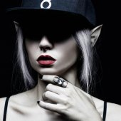【ROGUE+WOLF】HECATE RING IN SLATE STEEL