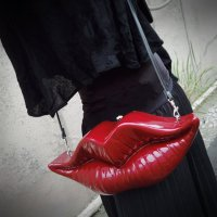 【MALICIOUS.X】LIP SHOULDER BAG/RED