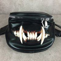 【MALICIOUS.X】CAT FANG BIG BODY BAG
