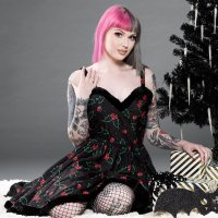 <img class='new_mark_img1' src='https://img.shop-pro.jp/img/new/icons20.gif' style='border:none;display:inline;margin:0px;padding:0px;width:auto;' />【SOURPUSS】HOLLY BATS SOPHIA DRESS
