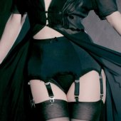 5B1/2【KISS ME DEADLY】VAN DOREN 8-STRAP SUSPENDER BELT
