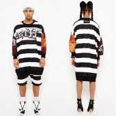 <img class='new_mark_img1' src='//img.shop-pro.jp/img/new/icons20.gif' style='border:none;display:inline;margin:0px;padding:0px;width:auto;' />【W.I.A】PRISION EXTRA BIG SWEATER