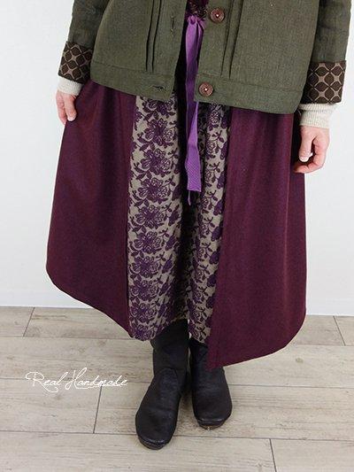 ボルドーウールと起毛ビエラ刺繍重ねスカート