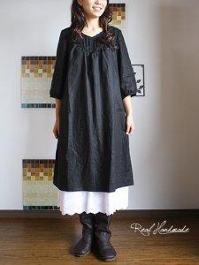 [予約販売] ブラックリネン襟Vバックリボンワンピース