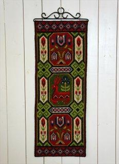 TVIST ツヴィスト刺繍 花と鹿赤緑