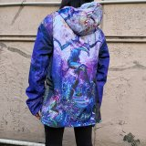 <img class='new_mark_img1' src='//img.shop-pro.jp/img/new/icons1.gif' style='border:none;display:inline;margin:0px;padding:0px;width:auto;' />【SPACETRIBE】 Sublime Hooded Jacket : Serpentine Apotheosis