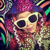 <img class='new_mark_img1' src='//img.shop-pro.jp/img/new/icons16.gif' style='border:none;display:inline;margin:0px;padding:0px;width:auto;' />【SPACETRIBE】 Hooded Zip Jacket : Rainbow Fractal