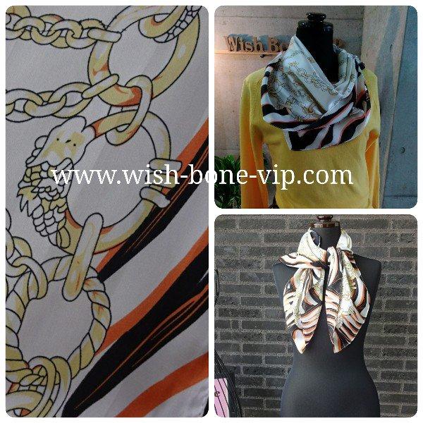 【フランスインポート】70cmスクエア SILK&ビスコース ツヤスカーフ/チェーン・ブラックオレンジの画像