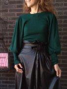 【イタリア製MadeinItaly】フェイクレザーロングスカート/ブラック&バルーンニット/グリーン