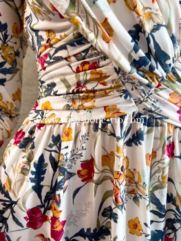 フランスインポート | EGERIE | エジェリィ | 胸元プリーツ&背中シャーリング 七分袖ジャージプリントワンピース/ホワイト&フラワーの画像