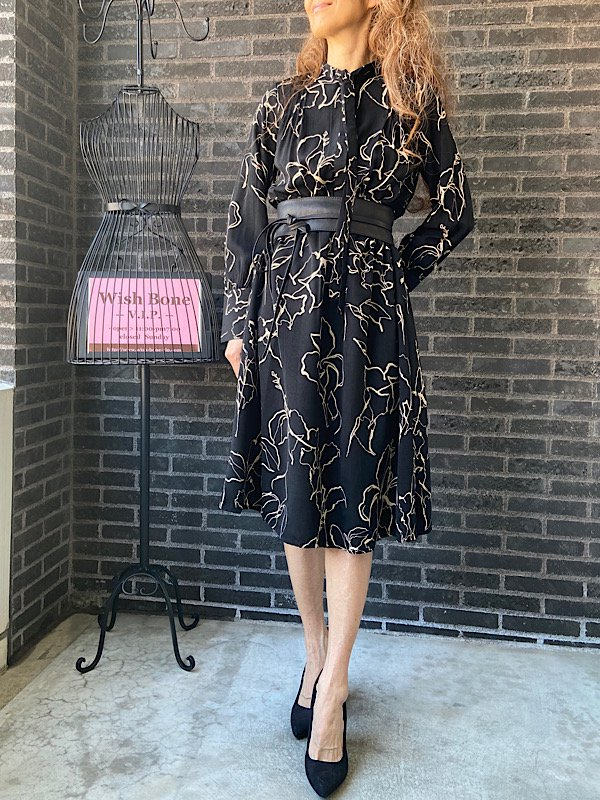 【SALE/返品交換不可】【イタリア製インポート】ミモレ丈・シャツワンピース|アートフラワークリーム(S)(M)(L)<img class='new_mark_img2' src='https://img.shop-pro.jp/img/new/icons20.gif' style='border:none;display:inline;margin:0px;padding:0px;width:auto;' />の画像