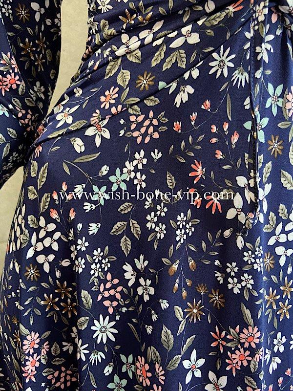 フランスインポート   EGERIE   エジェリィ   胸元シャーリング 七分袖ジャージプリントワンピース/ネイビー・フラワーの画像