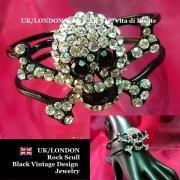 【UK/London Black Jewelry】ブラック ロック BIGスカル&ラインストーン バングルブレスレット