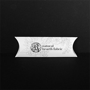 【natural hearth fabric】 ポイント保湿バーム 13g