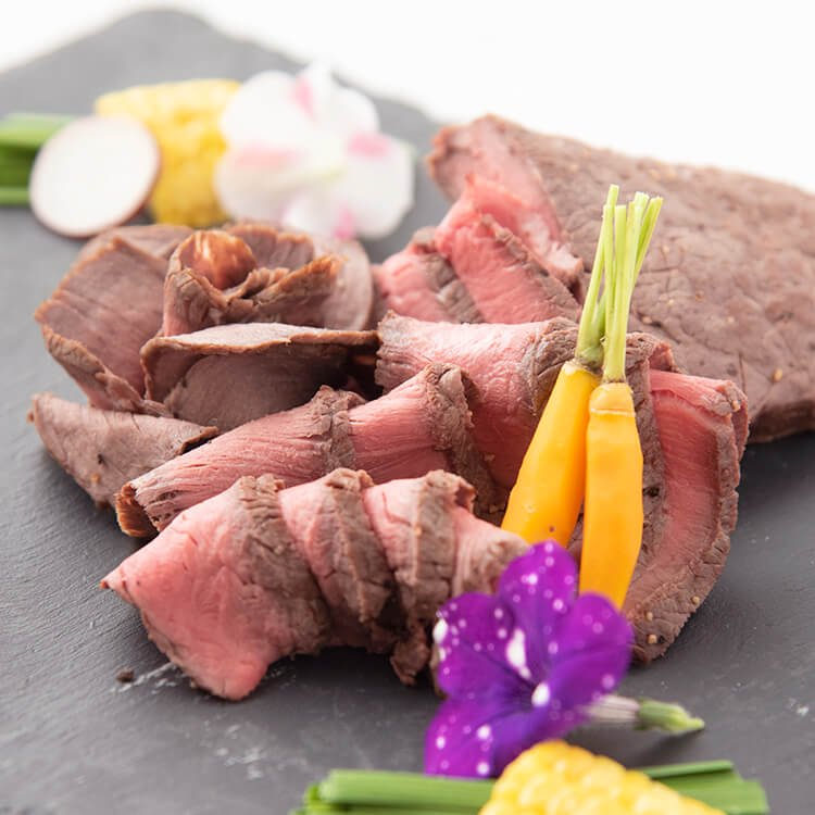 井 雅信さんの放牧あか牛を使ったローストビーフステーキ 約200g【冷凍】