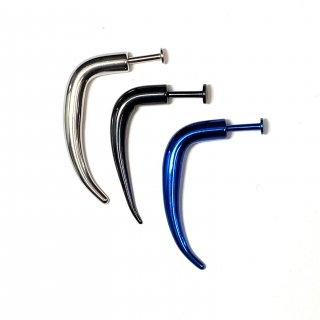 カラフルチタンコーティング トライバルデザイン かぎ爪型 ラブレット 14G